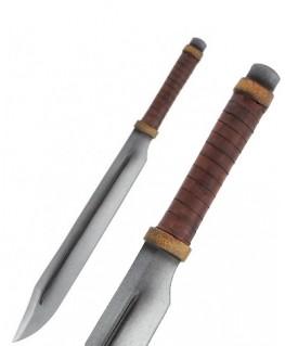 le scramasaxe est un long coutelas à un tranchant utilisé par les barbares germaniques