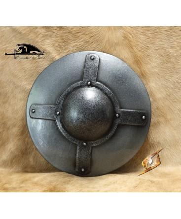 Cette rondache de fer au large umbo s'utilise aussi pour l'attaque